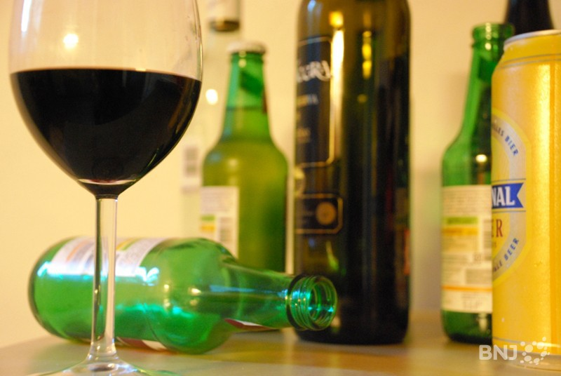 la vente d alcool aux mineurs a diminu de moiti rtn votre radio r gionale. Black Bedroom Furniture Sets. Home Design Ideas