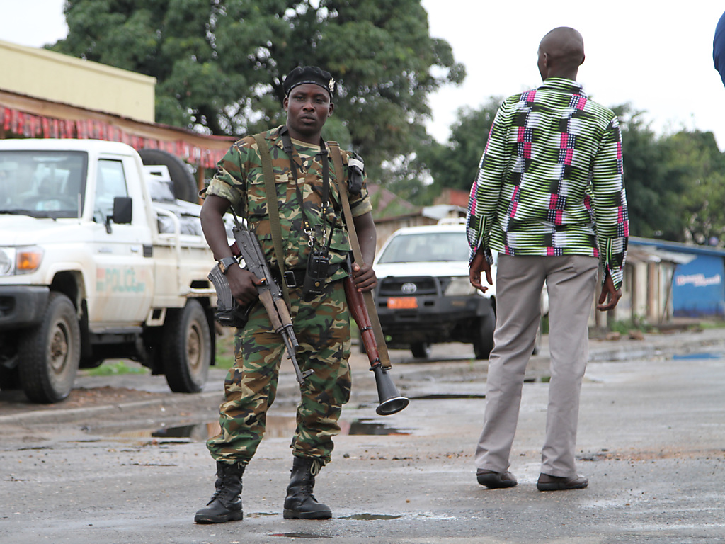 Violences ethniques et charniers pr sum s au burundi - Grille indiciaire commissaire de police ...