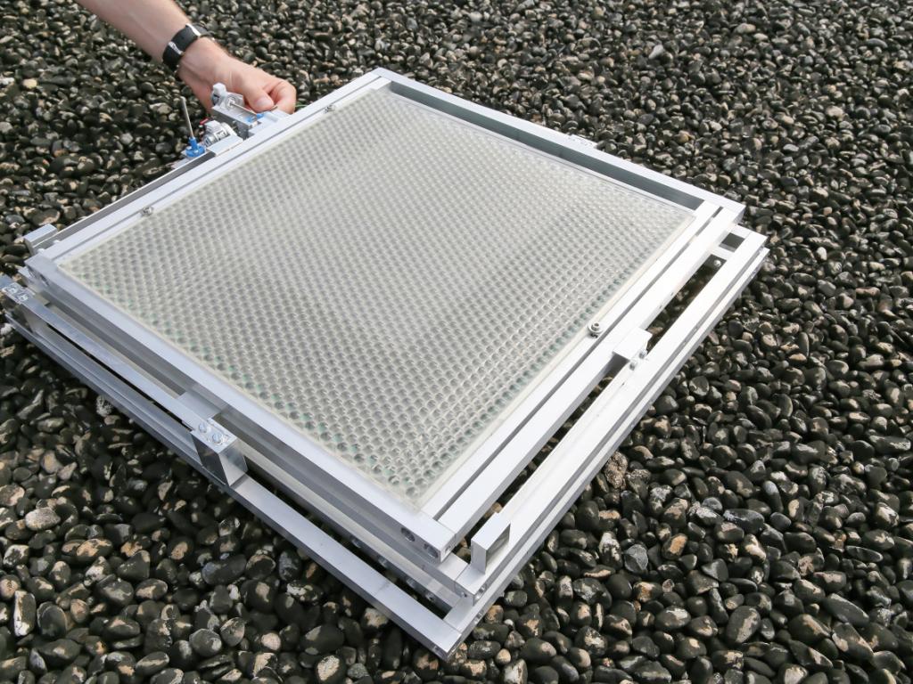 un panneau solaire deux fois plus d 39 lectricit rtn votre radio r gionale. Black Bedroom Furniture Sets. Home Design Ideas