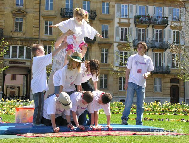 March de printemps au jardin anglais rtn votre radio for Jardin anglais neuchatel